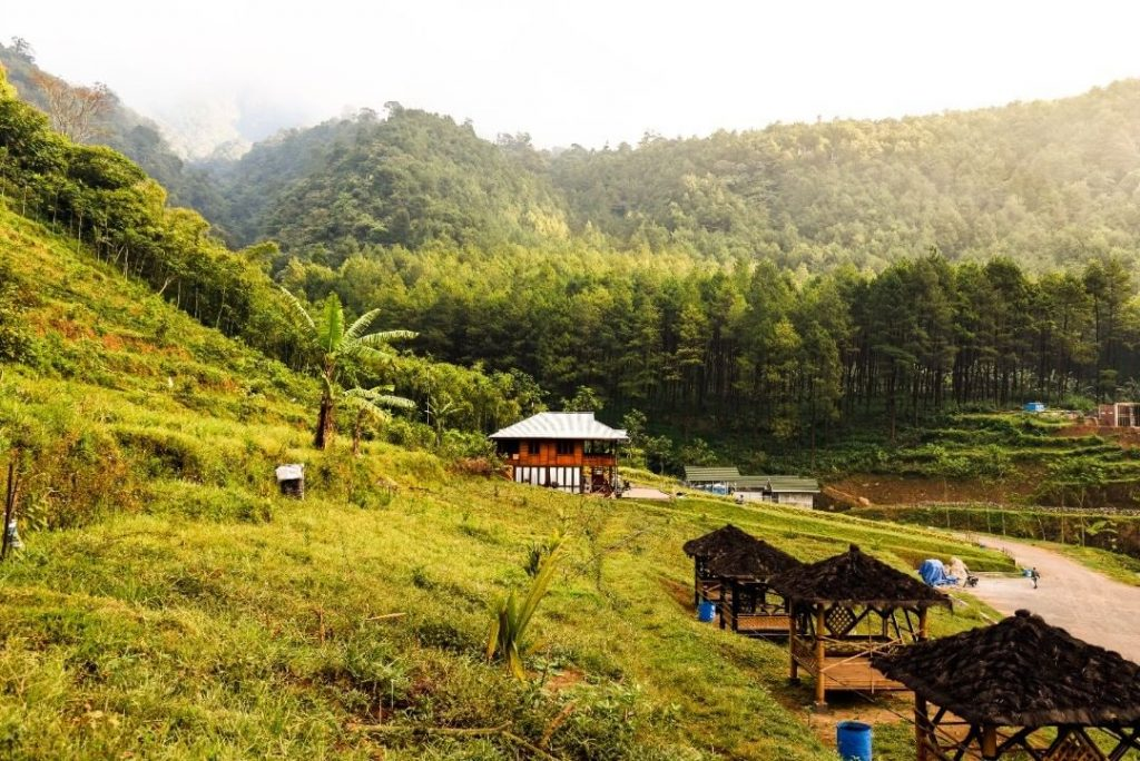 harga menginap di lembah indah gunung kawi