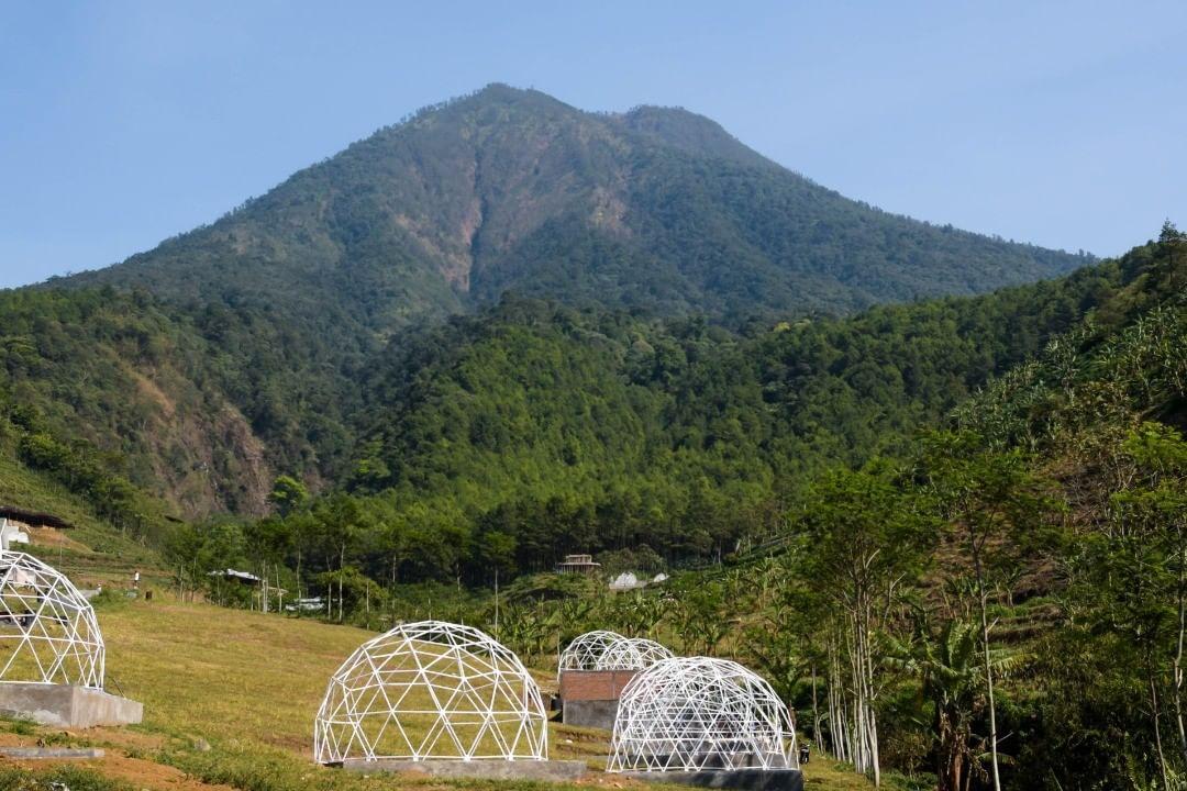 Harga Tiket Masuk Lembah Indah Gunung Kawi Malang Travel And Word