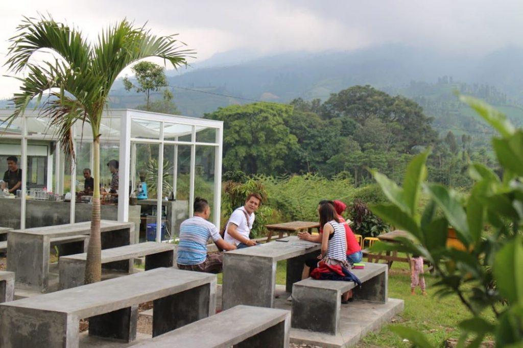 lokasi kaki bumi coffee kledung
