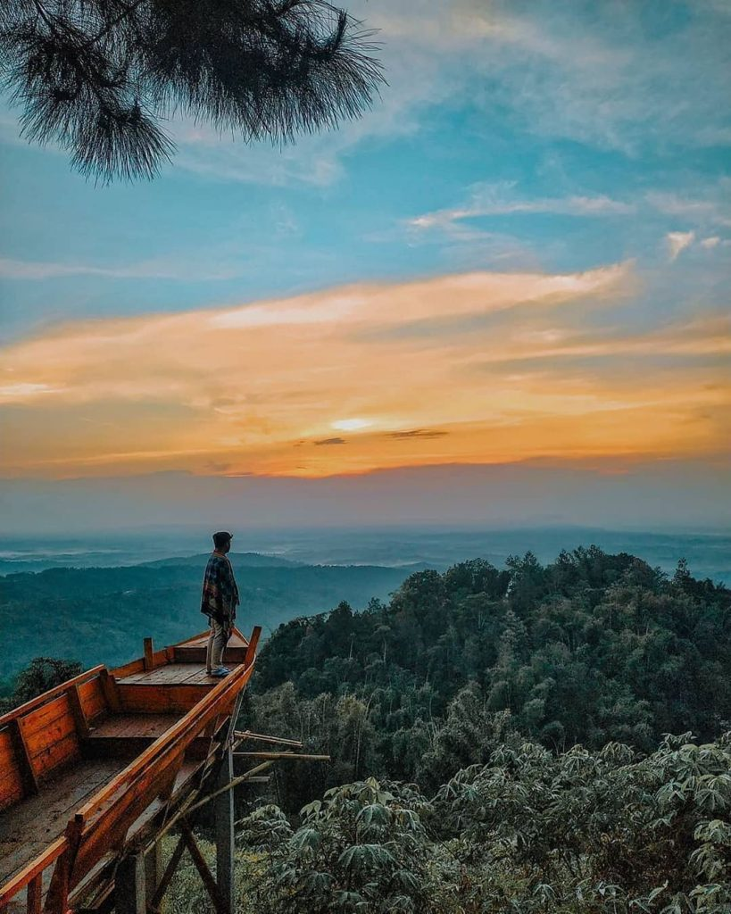 sunrise puncak angin sukabumi
