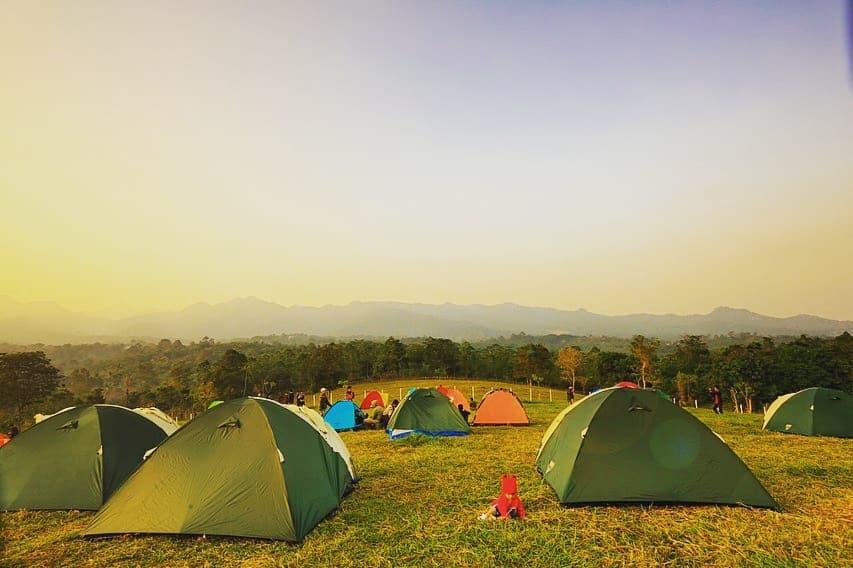 camping di bukit waruwangi padarincang