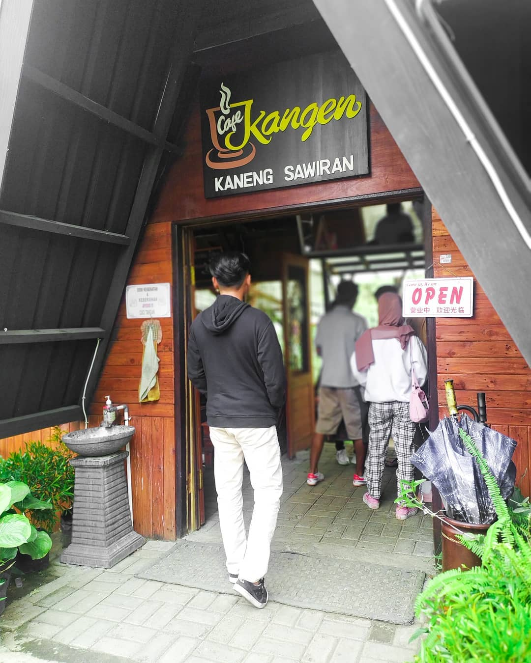 lokasi cafe kangen sawiran