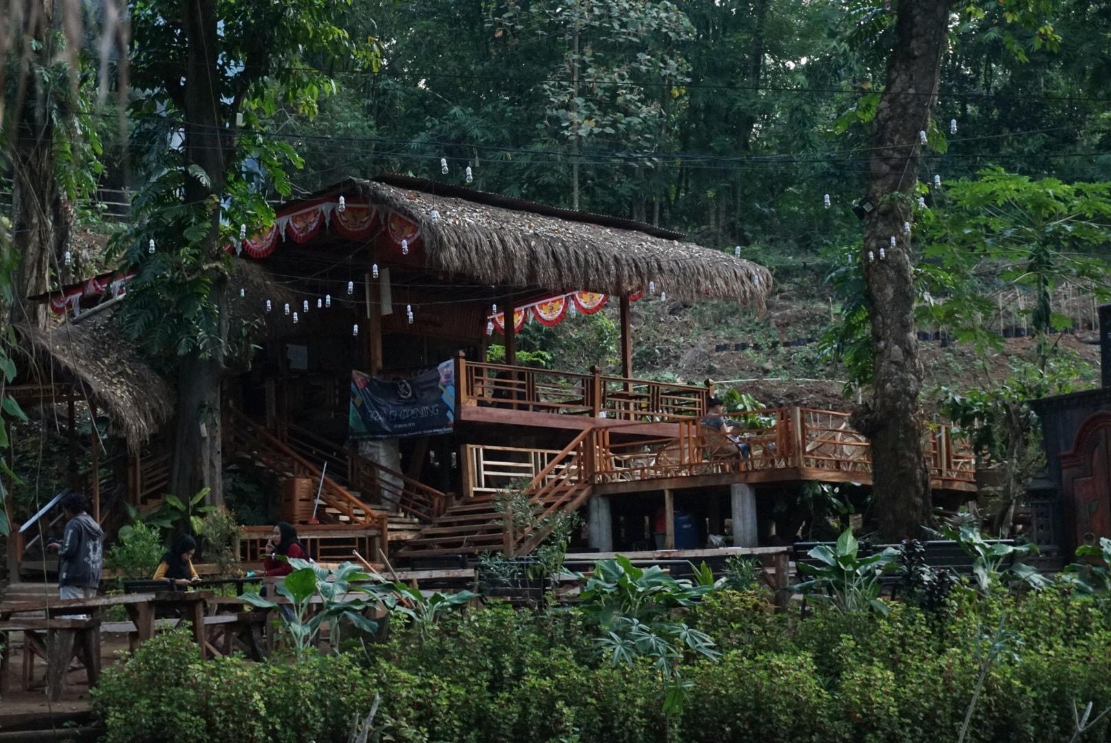 lokasi wisata sumber tumpeng purwosari