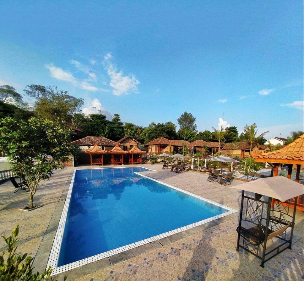 resort di kaliurang dengan kolam renang