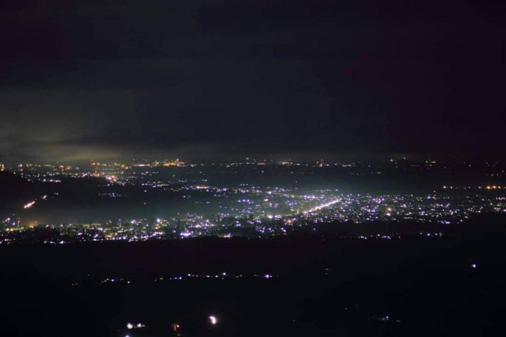 view saat malam hari