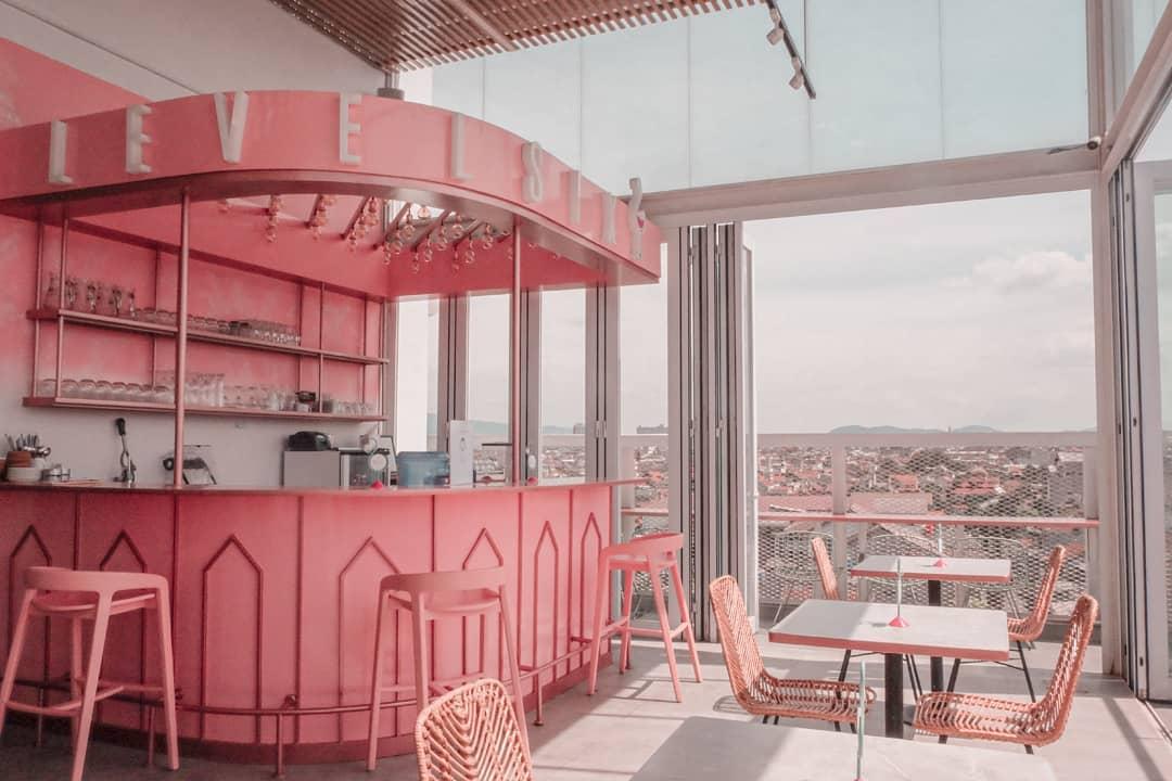 cafe serba pink