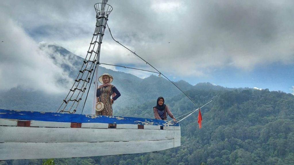 spot foto kapal