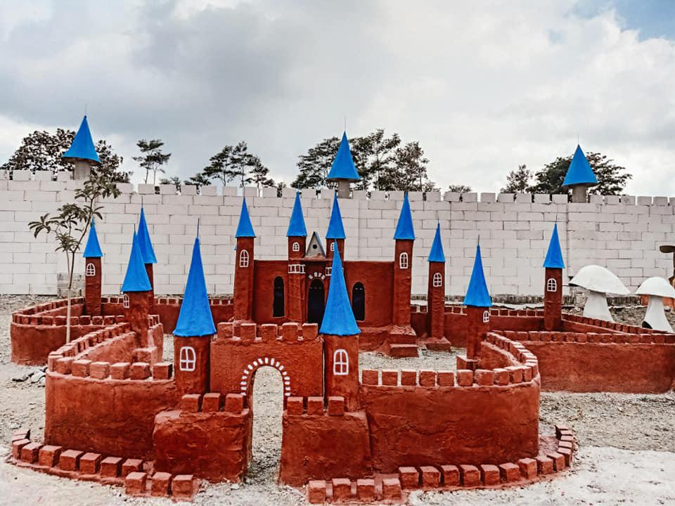 lokasi istana jamur kediri