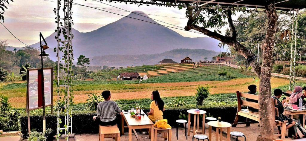 cafe outdoor di mojokerto
