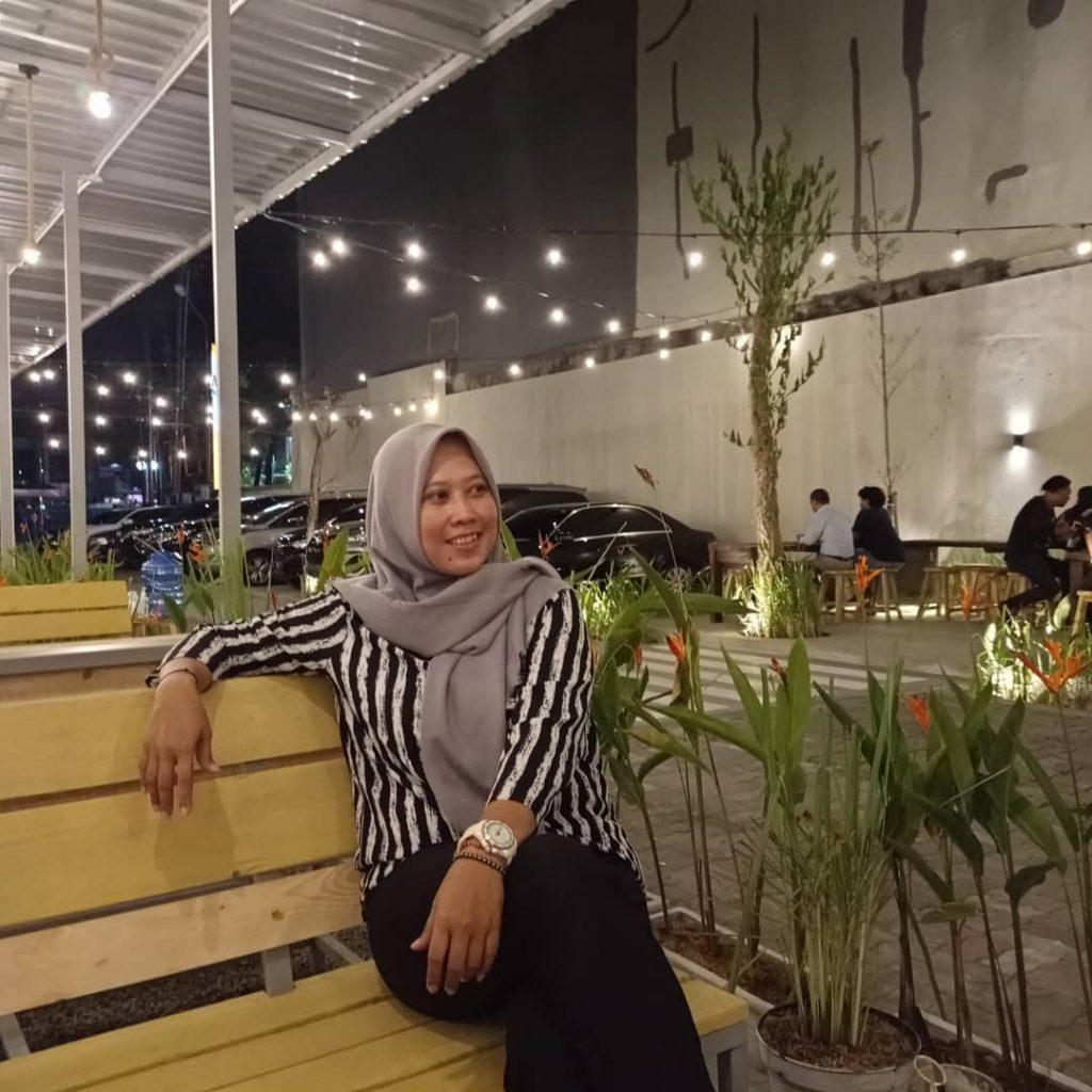 tempat nongkrong surabaya terbaru