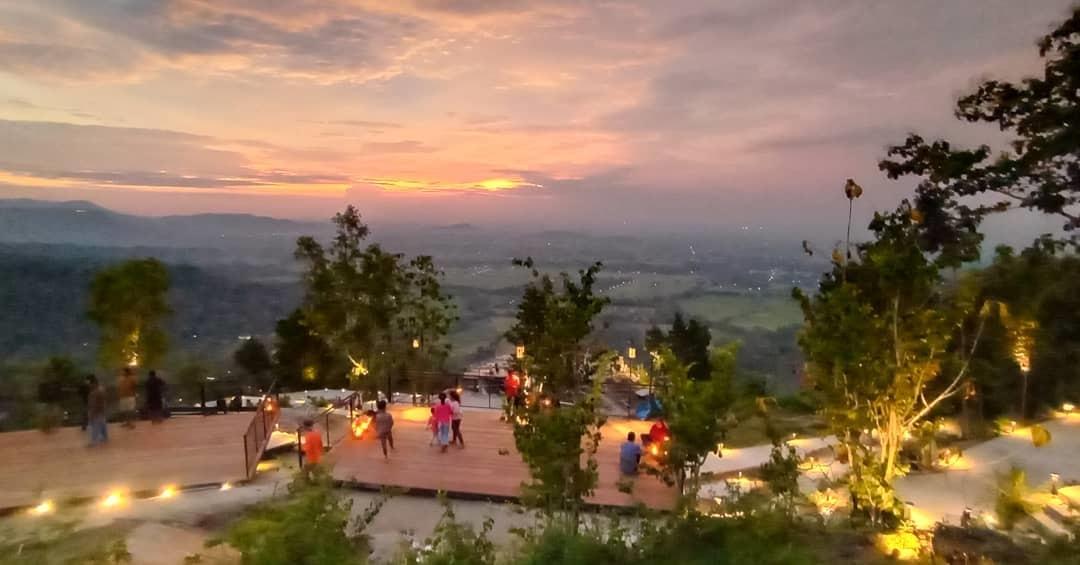 Obelix Hills Sunset View Jogja – Review Lokasi Dan Harga Tiket