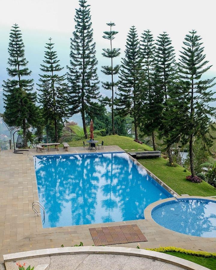 kolam renang untuk umum