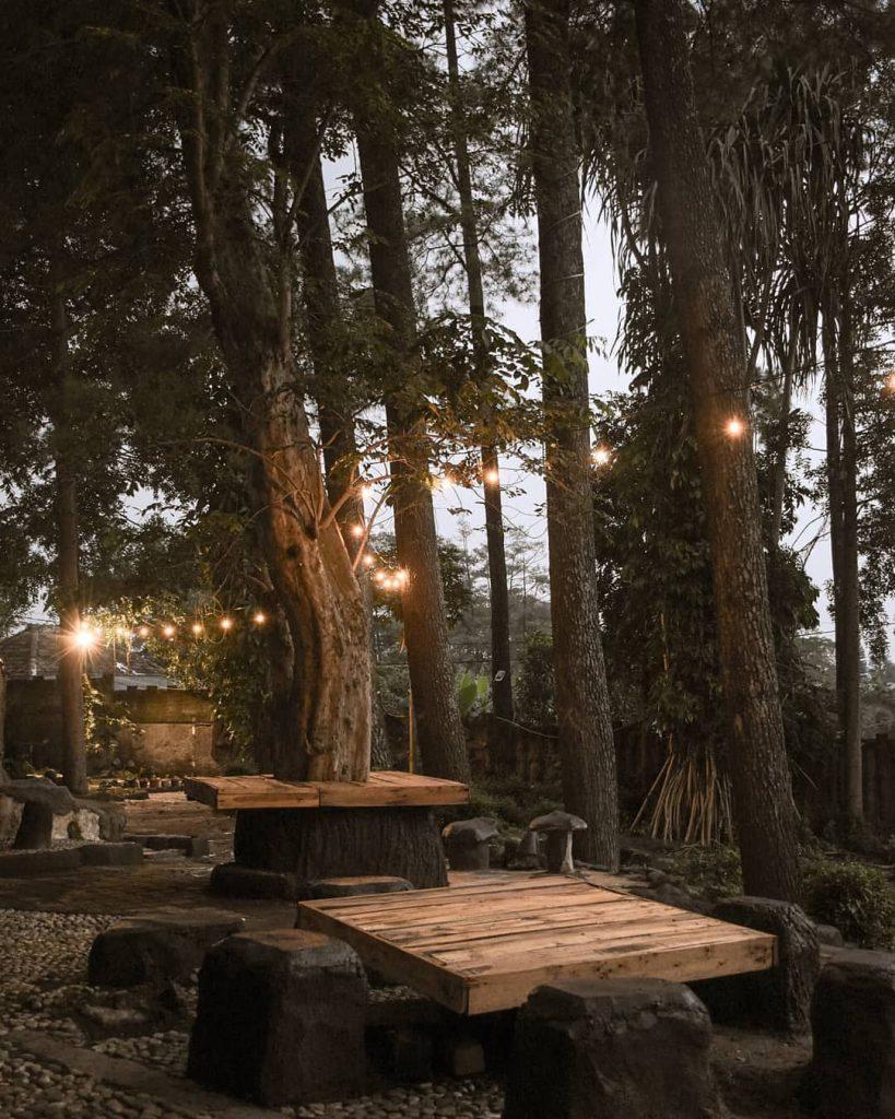 lokasi ganitri cafe bandung