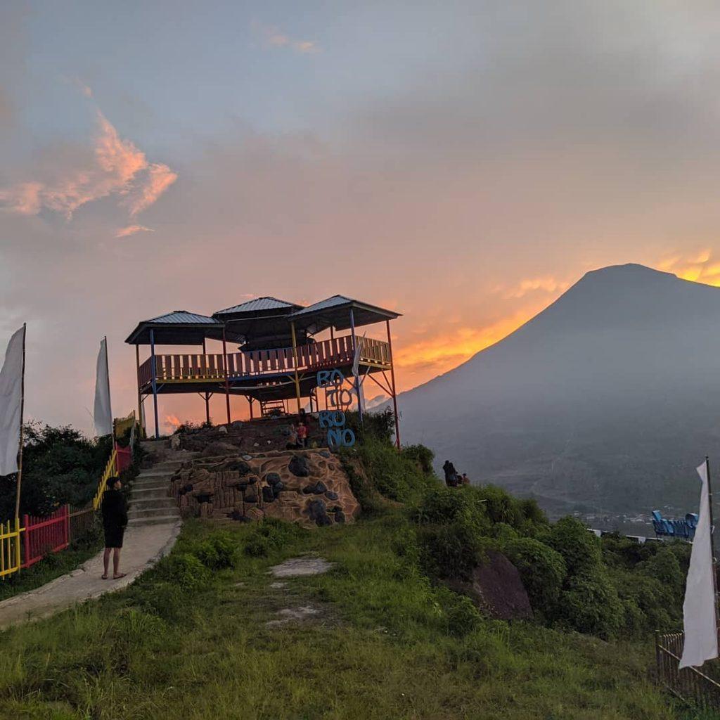 puncak gunung botorono