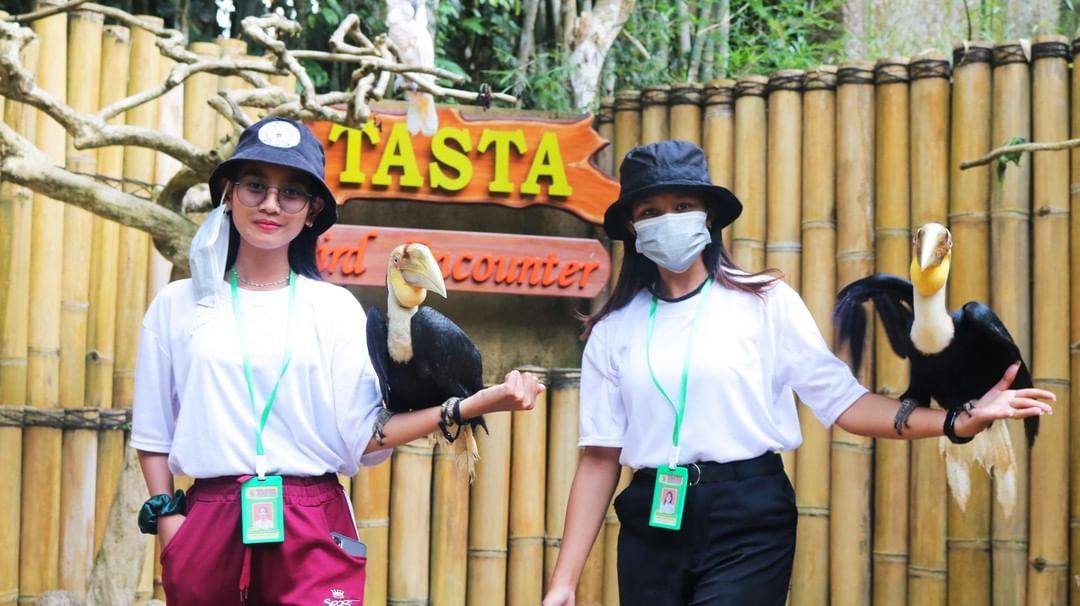 wisata kebun binatang tabanan
