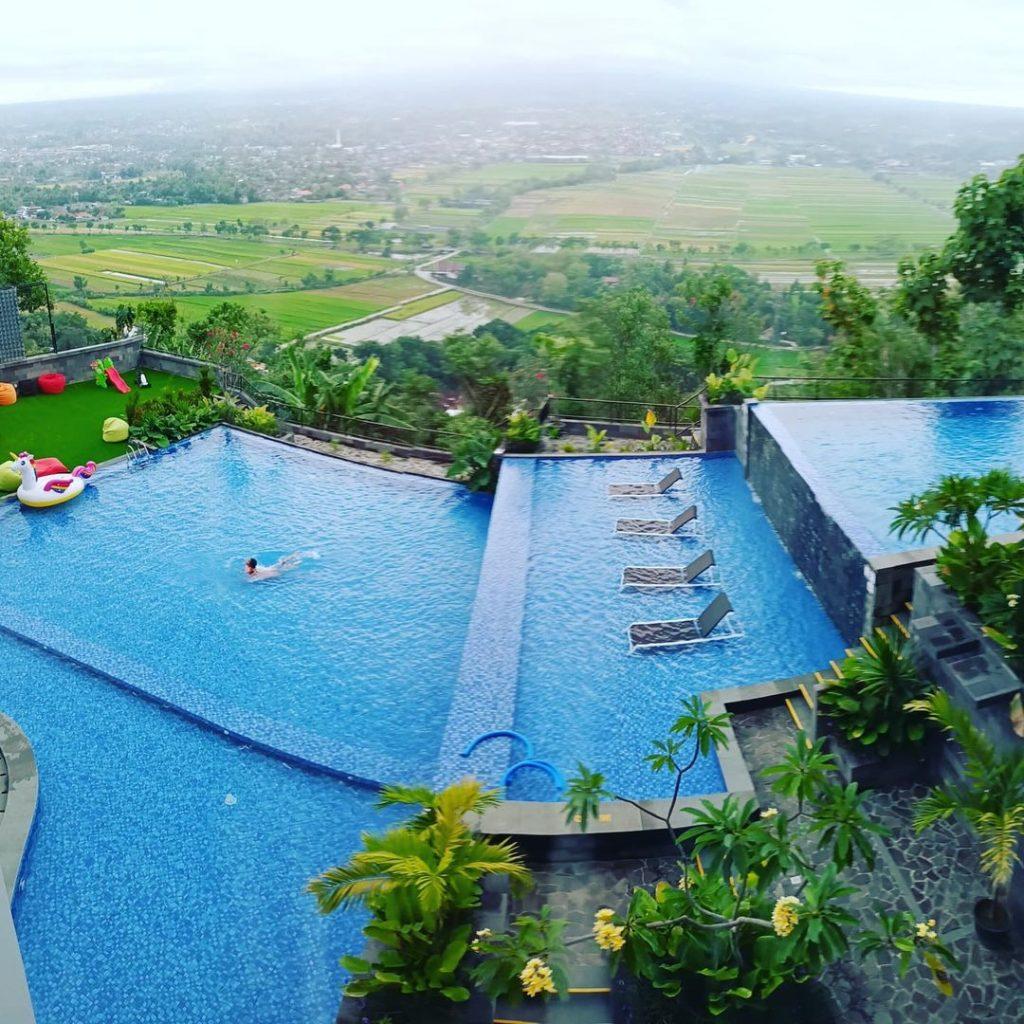 kolam renang hotel amaranta prambanan