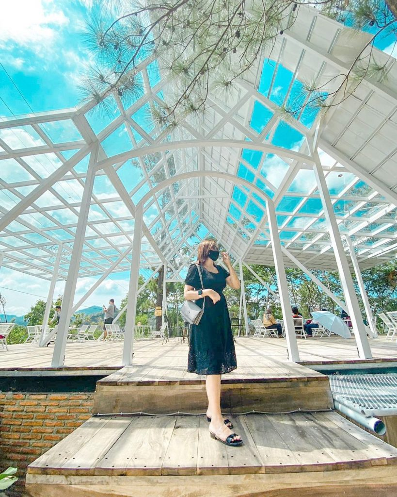 spot Dendy sky view yang instagramable