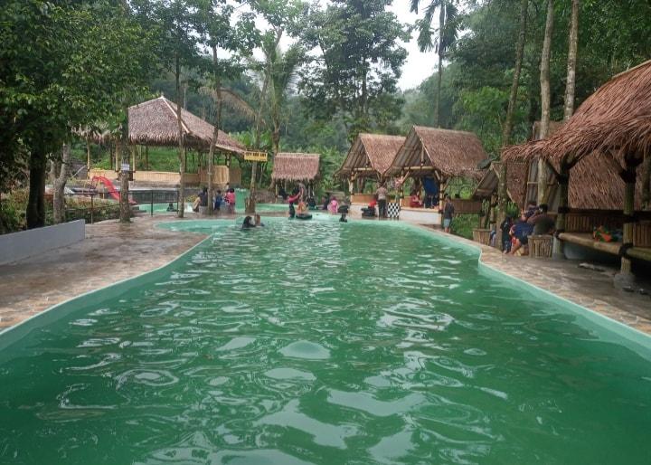 lokasi wisata air telaga ciburial